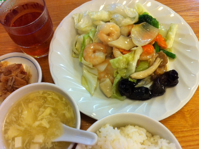 上海厨房 えびと野菜炒め
